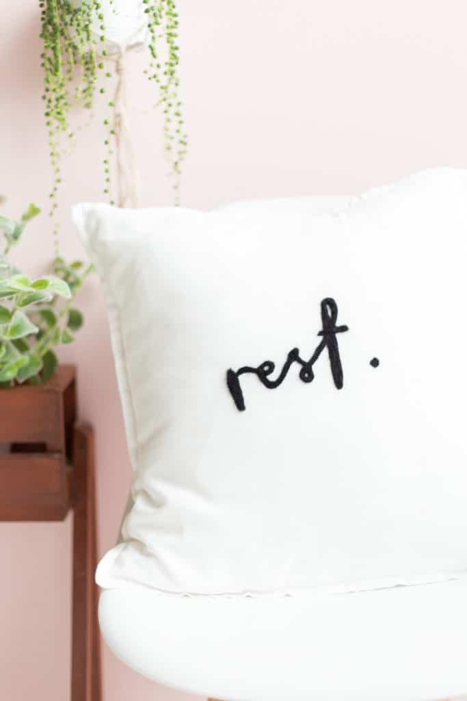 crafts to make - needle felted cushion