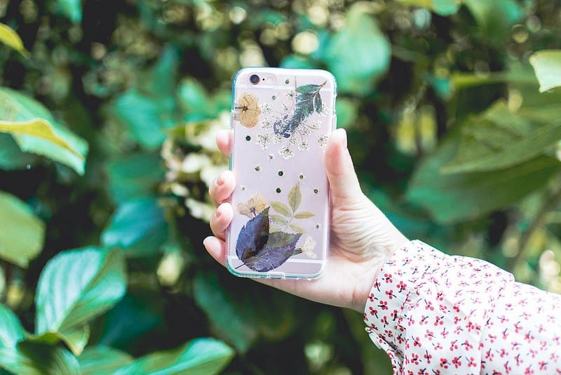DIY Crafts to Make and Sell - Pressed Flower Phone Case