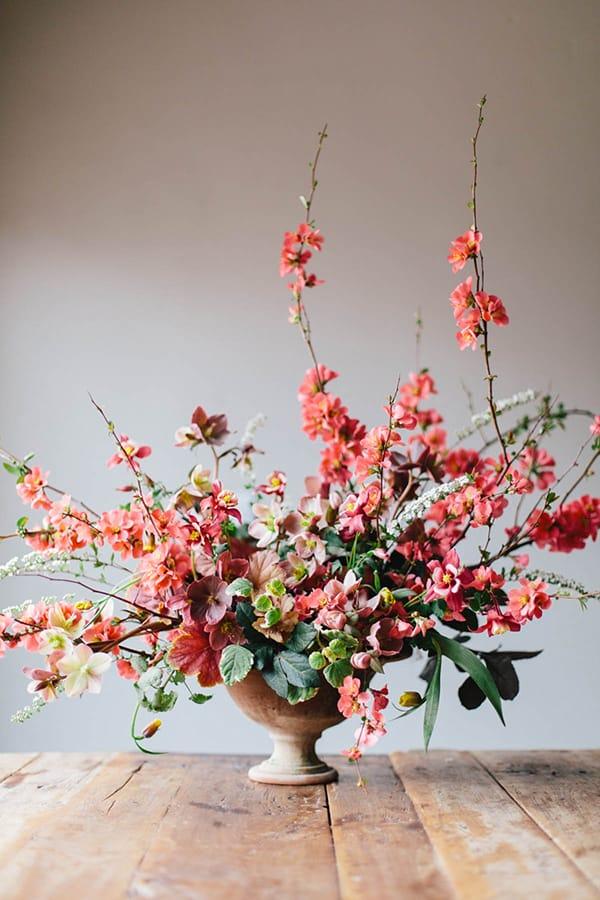 Sarah Winward, Kate Osborne   Snippet & Ink - Floral Arrangement