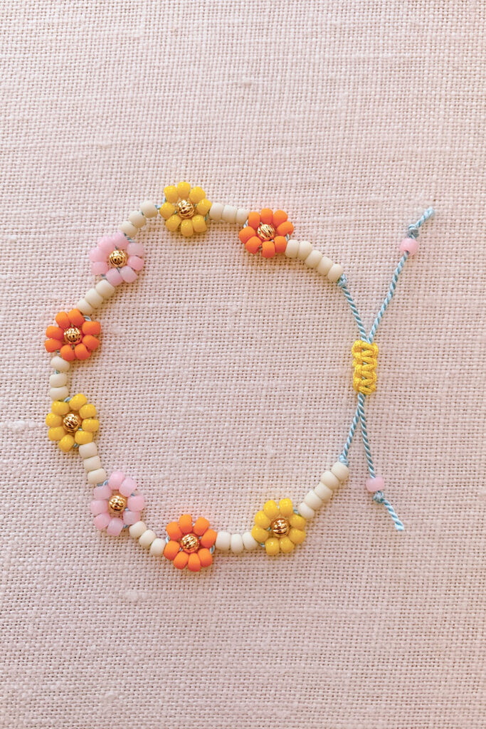 easy diy daisy friendship bracelet