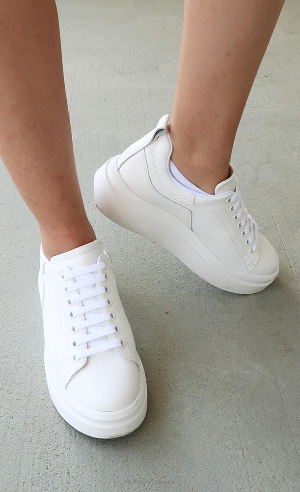 zara white platform sneaker